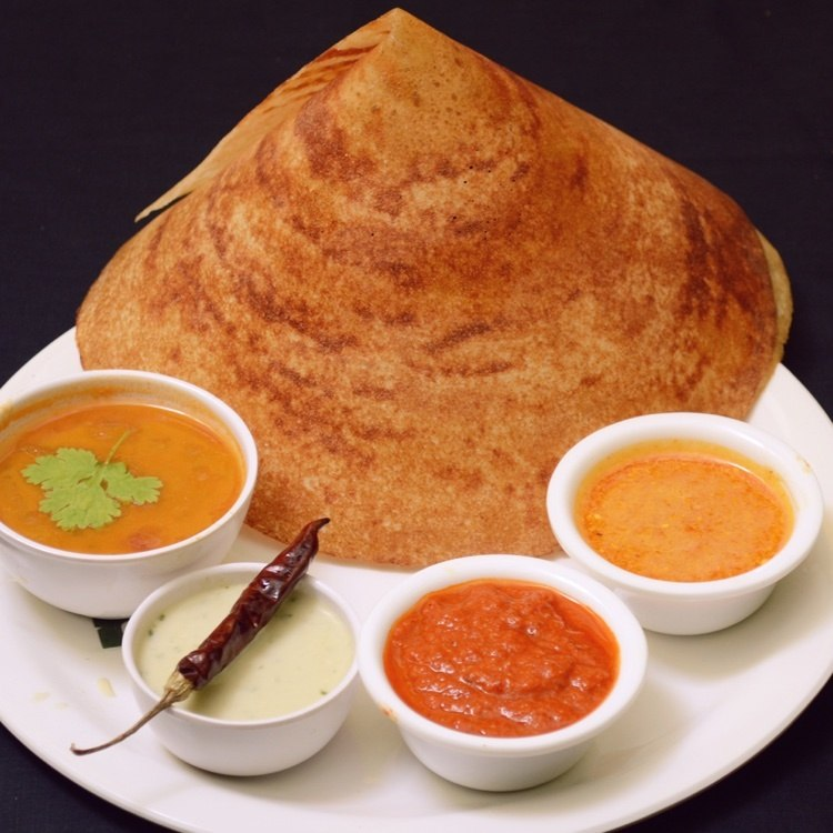 Place that offers ideli, dosa, vada| Radhika's authentic
