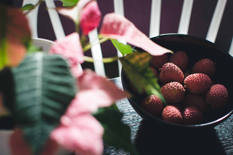 litchi| Summer| beat the heat| nutritive fruits| sun tan | heat |heat stroke