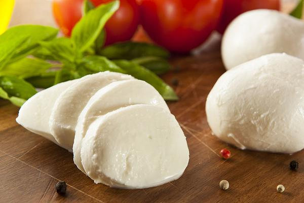 mozarella cheese| cheese| types of cheese| variety of cheese